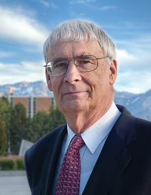 Dr. Peter Stang